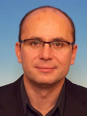 Cozmin Guşă - consilier la Vîntu, după Geoană, după Băsescu, după Năstase...